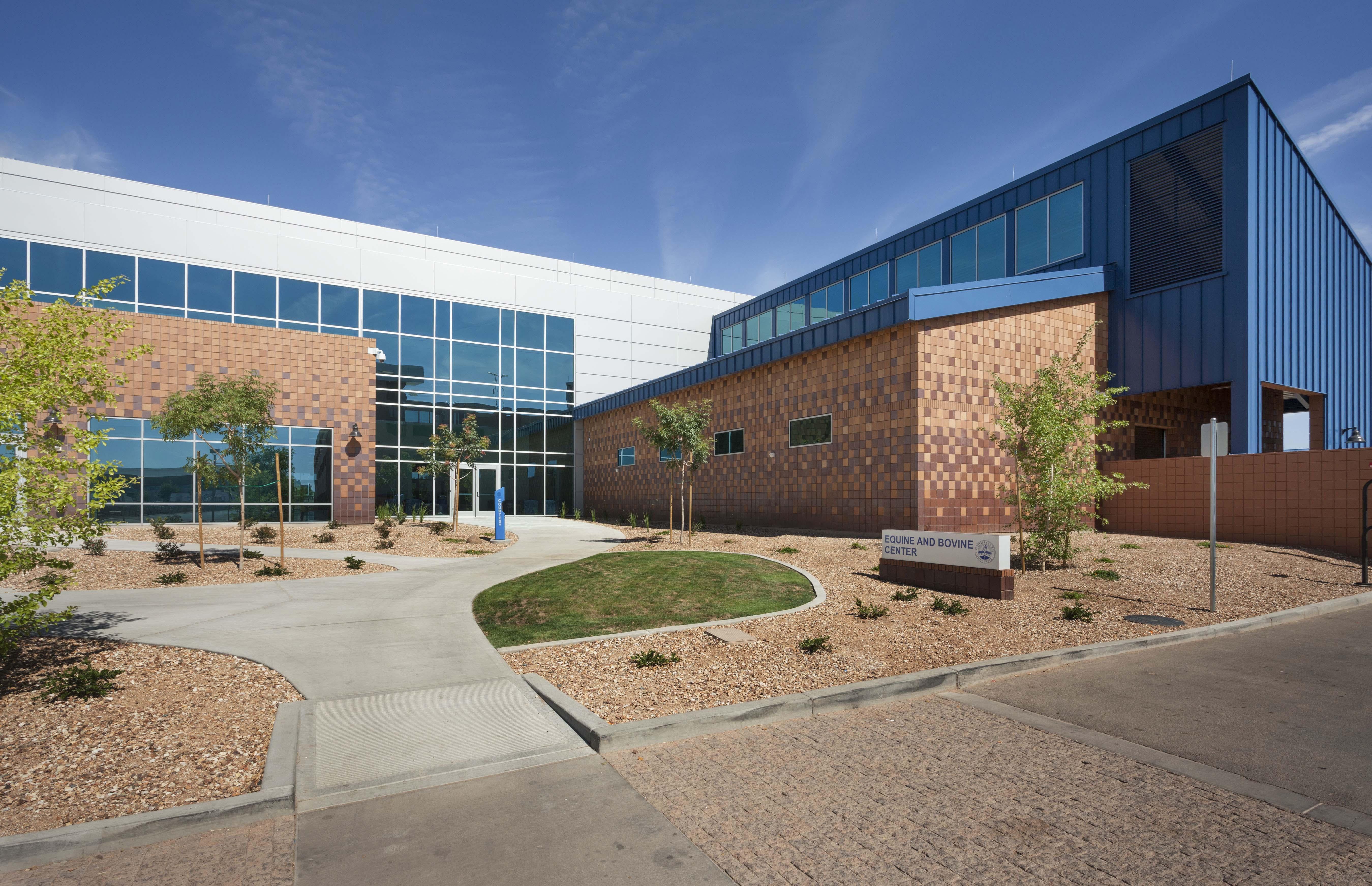 MWU Equine Bovine Center